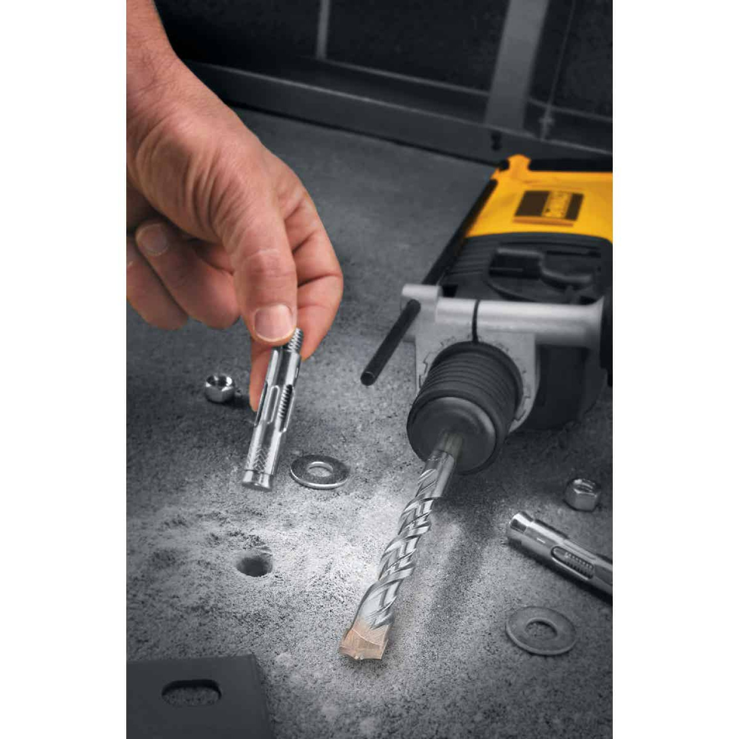 DeWalt SDS-Plus 1/2 In. x 6 In. 2-Cutter Rotary Hammer Drill Bit Image 4