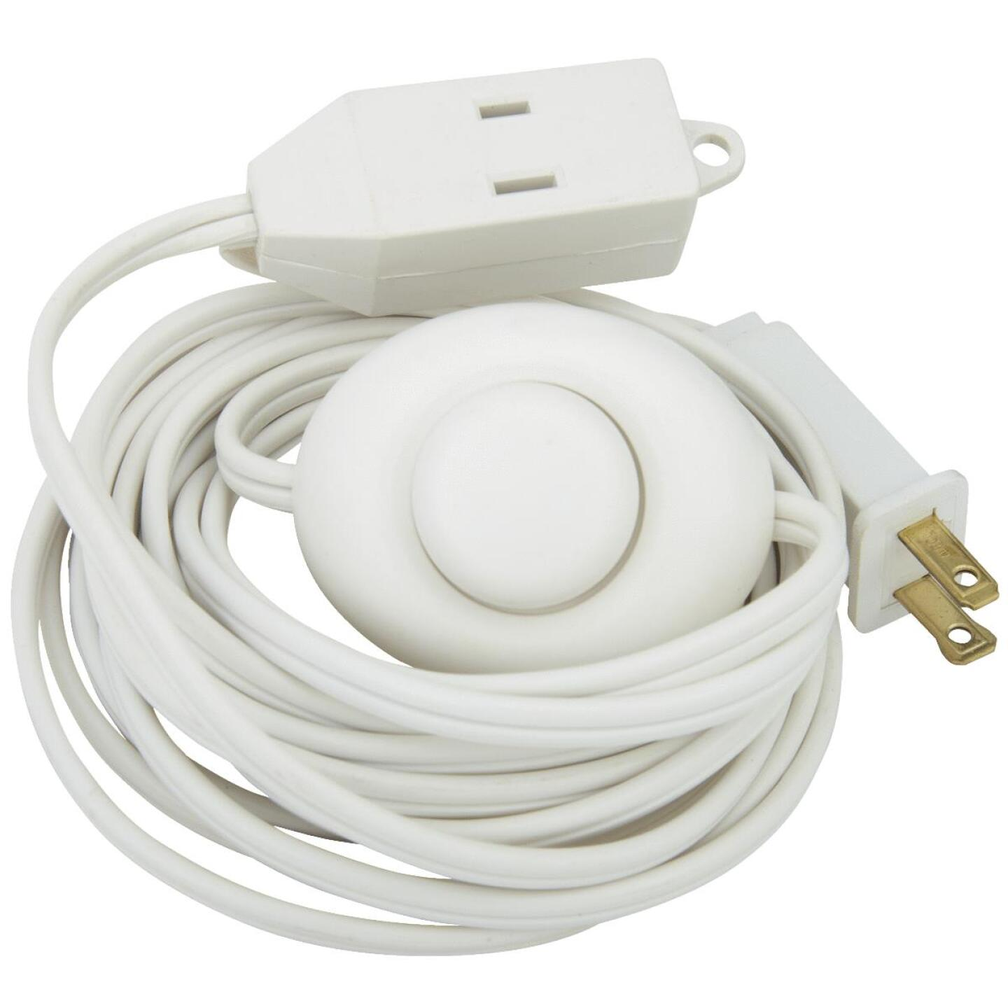 Do it 15 Ft. 18/2 White Extension Cord with Foot Switch Image 5